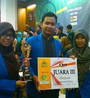 Galleri 8 kampus STEI-Yogyakarta