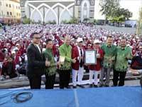 Galleri 8 kampus UM-Surabaya